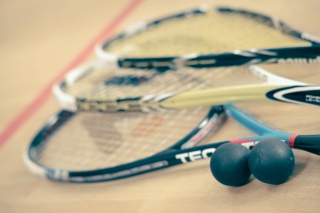 best squash racket for beginners